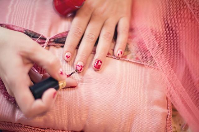 Esmalte para uñas antiviolaciones