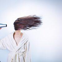 Tips para secar y planchar el cabello sin maltratarlo