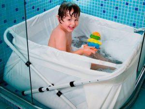 Inventos originales para la hora del baño del bebé