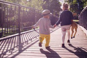 ¿Cómo elegir zapatos para tus hijos?