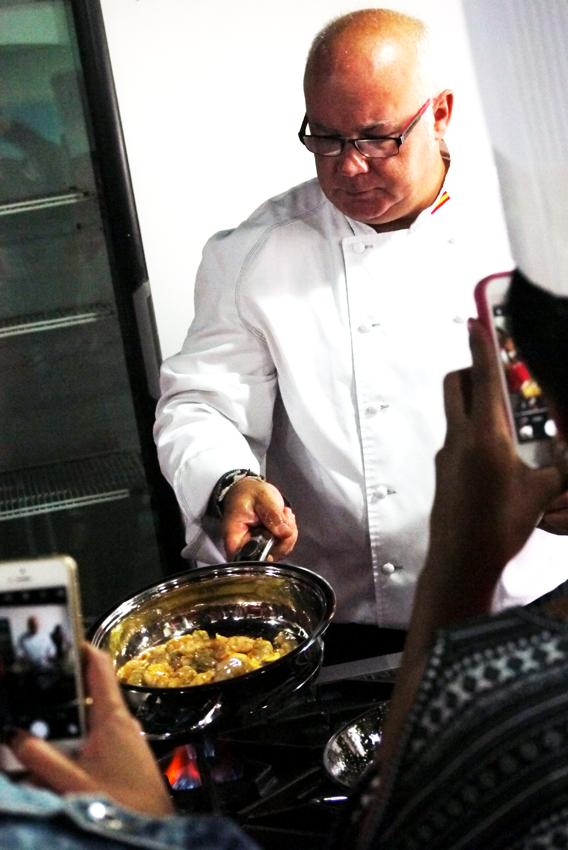 Chef Pacho González