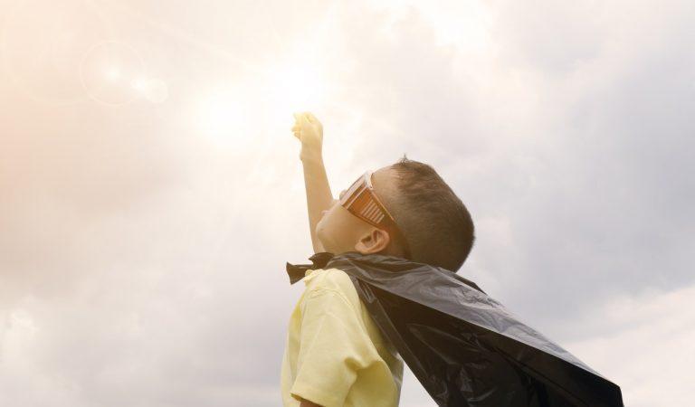 ¿Cómo cuidar la salud visual de los niños?
