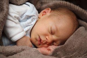 Reglas para visitar a un bebé recién nacido
