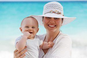 Lo que debes llevar para viajar con tu bebé