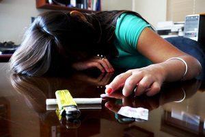 ¿Cómo prevenir adicciones en niños y adolescentes desde casa?