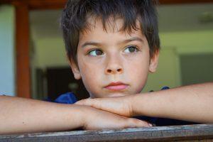 ¿Cómo ayudar a un niño a enfrentar la pérdida de un ser querido?
